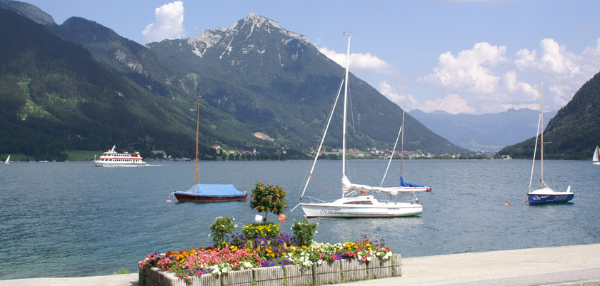 Austria_Lake-Achensee_Pertisau_Lakeside-view.jpg